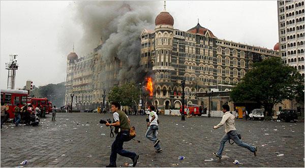 http://yousob.files.wordpress.com/2008/12/mumbai-taj-pic1.jpg